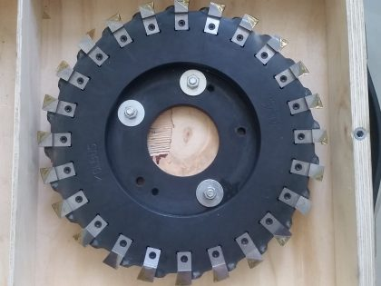 Main milling head for perfect binder