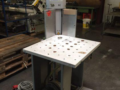 EKS 400 Corner Cutter