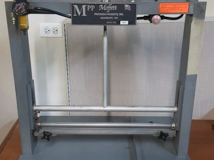 Moffet Pull Tester