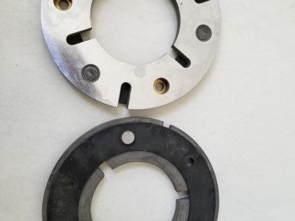 Face plate for main drive Three-knife trimmer